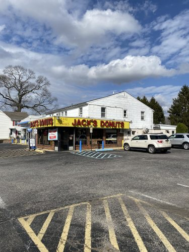 501-509 White Horse Pike, Lindenwold, New Jersey
