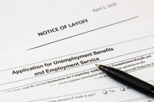 Americans Filing for Unemployment falls Below 1M