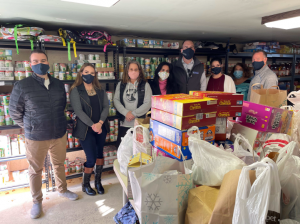 WCRE HELPS FEED THE COMMUNITY WITH 7th ANNUAL THANKSGIVING FOOD DRIVE